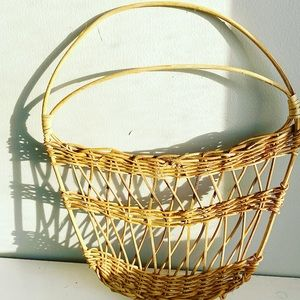 Easter Wicker Wall Hanging